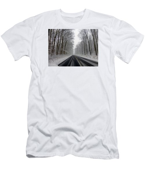 Saturday First Snow Of 2015 Men's T-Shirt (Athletic Fit)