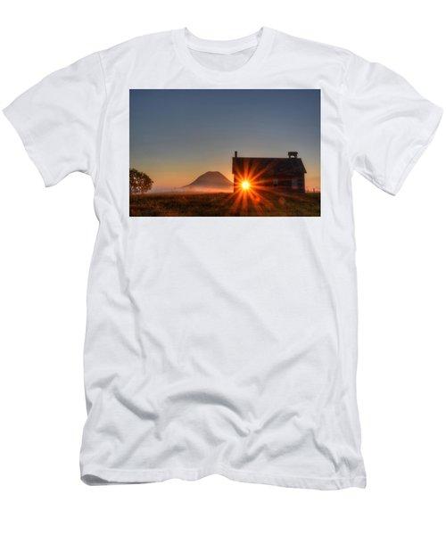 Schoolhouse Sunburst Men's T-Shirt (Athletic Fit)