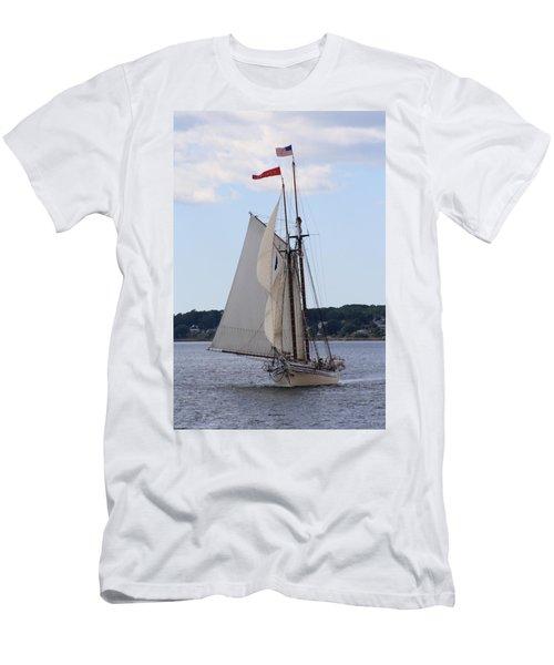Schooner Heritage Men's T-Shirt (Athletic Fit)