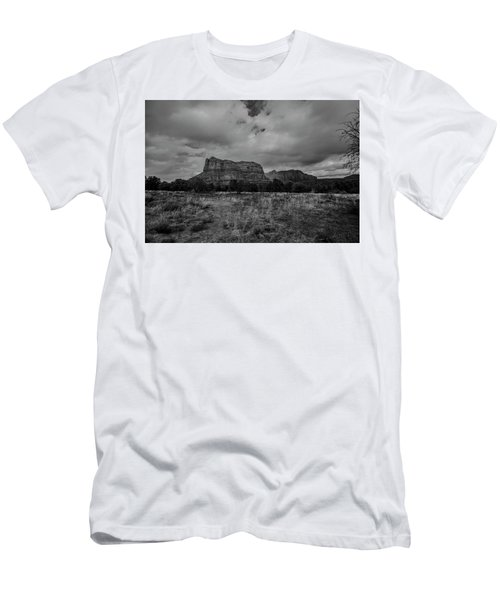 Men's T-Shirt (Slim Fit) featuring the photograph Sedona Red Rock Country Arizona Bnw 0177 by David Haskett