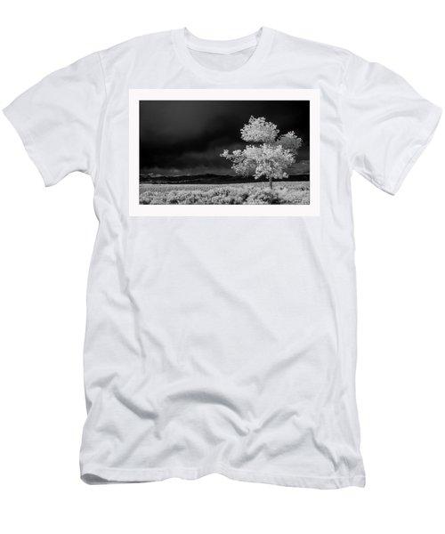 Selective Men's T-Shirt (Athletic Fit)
