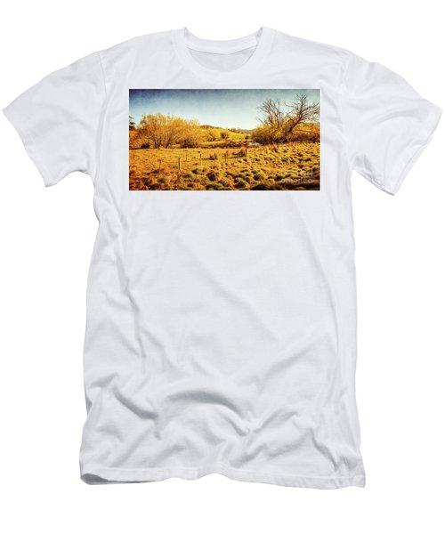 Shabby Country Farmland Men's T-Shirt (Athletic Fit)