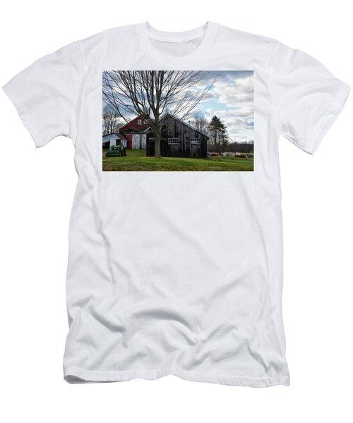 Shaw Hill Farm Men's T-Shirt (Athletic Fit)