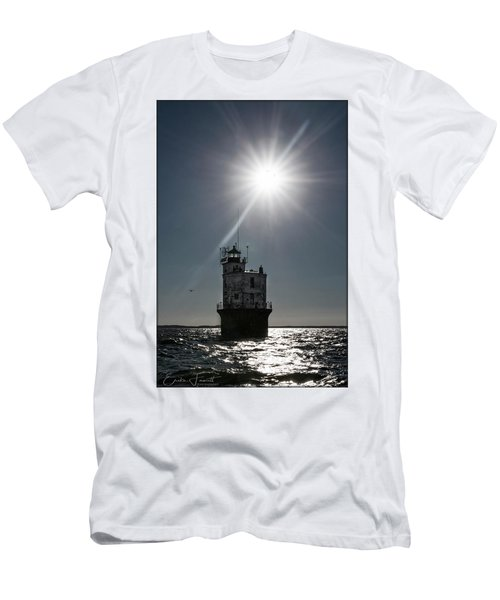 Smith Point Lighthouse Men's T-Shirt (Athletic Fit)