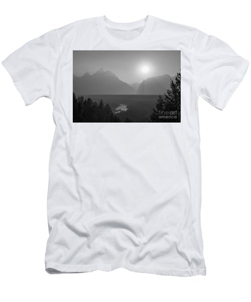 Snake River Sunset Bw Men's T-Shirt (Athletic Fit)