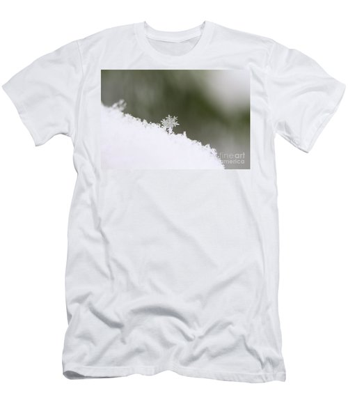 Snowflake Men's T-Shirt (Athletic Fit)