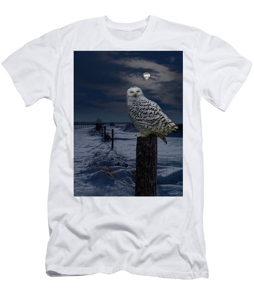 Snowy Owl On A Winter Night Men's T-Shirt (Athletic Fit)