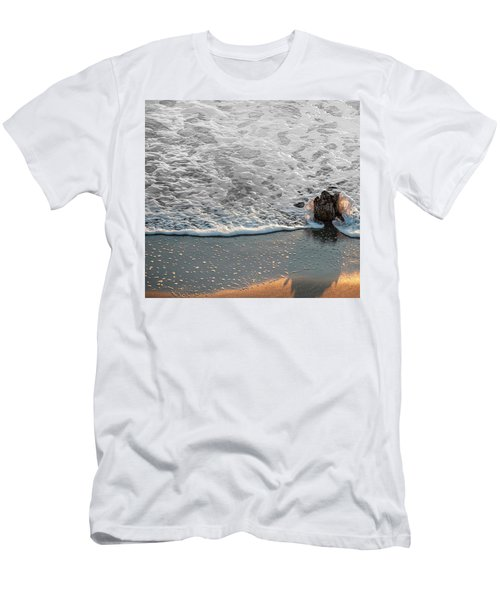 Splash Men's T-Shirt (Slim Fit) by Glenn Gemmell