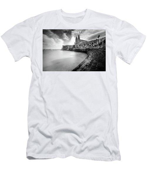 St. Julien Men's T-Shirt (Athletic Fit)