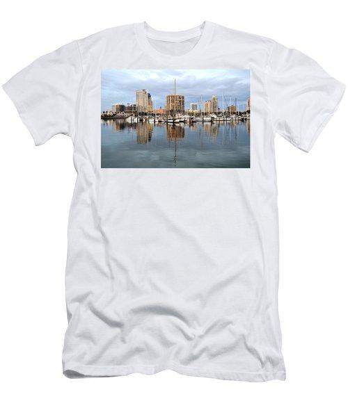 St Petersburg Marina Men's T-Shirt (Athletic Fit)