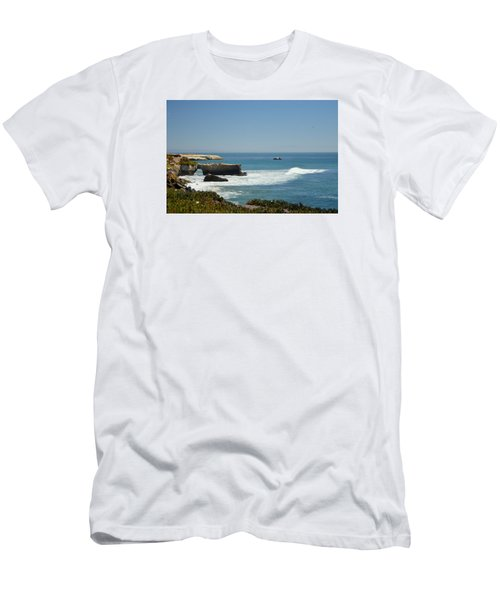 Steamer Lane, Santa Cruz Men's T-Shirt (Athletic Fit)