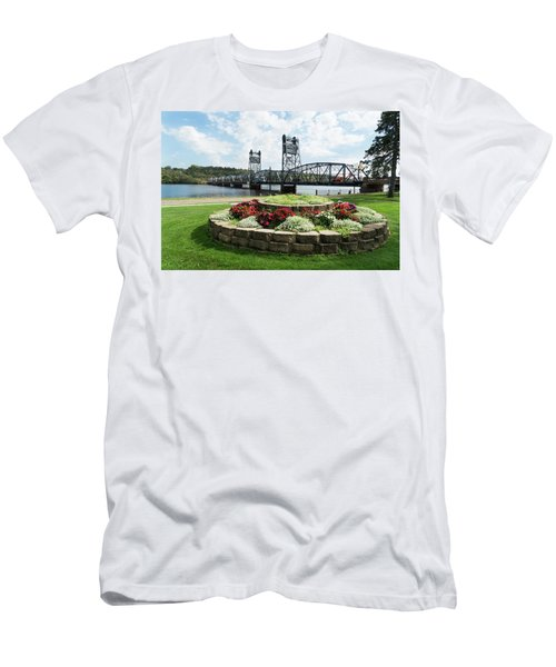 Stillwater And The Mississippi Men's T-Shirt (Athletic Fit)