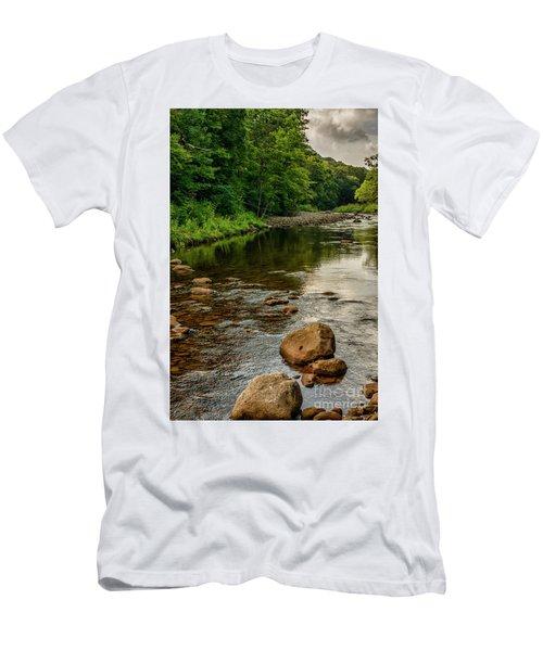 Summer Morning Williams River Men's T-Shirt (Athletic Fit)
