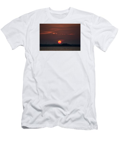 Sunset In Biloxi 2 Men's T-Shirt (Athletic Fit)