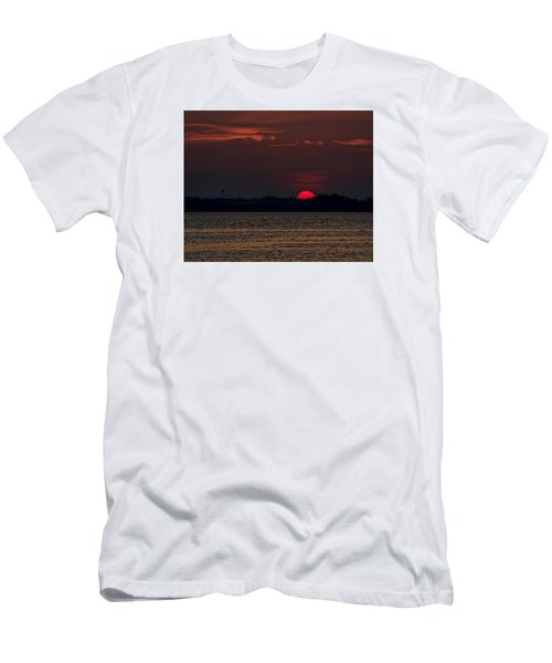 Sunset In Biloxi 3 Men's T-Shirt (Athletic Fit)