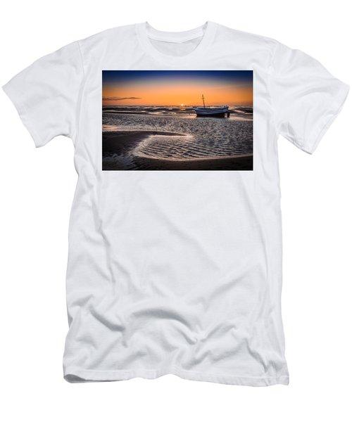 Sunset, Meols Beach Men's T-Shirt (Athletic Fit)
