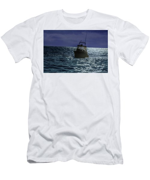 Sunsetting On Fisher Betting Men's T-Shirt (Athletic Fit)