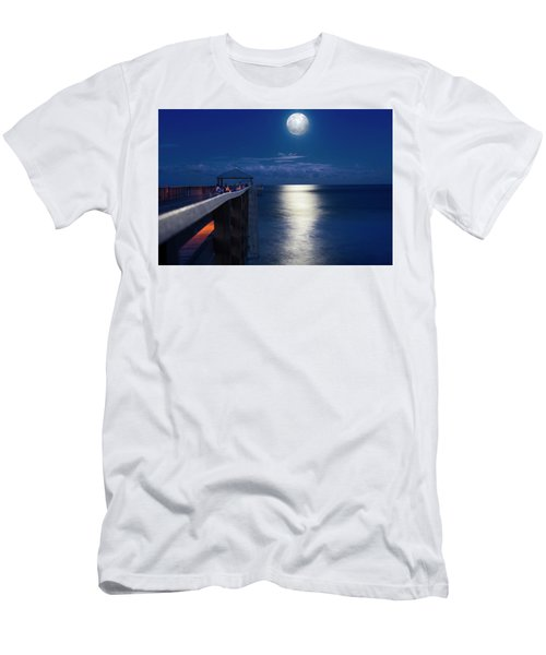 Super Moon At Juno Men's T-Shirt (Athletic Fit)