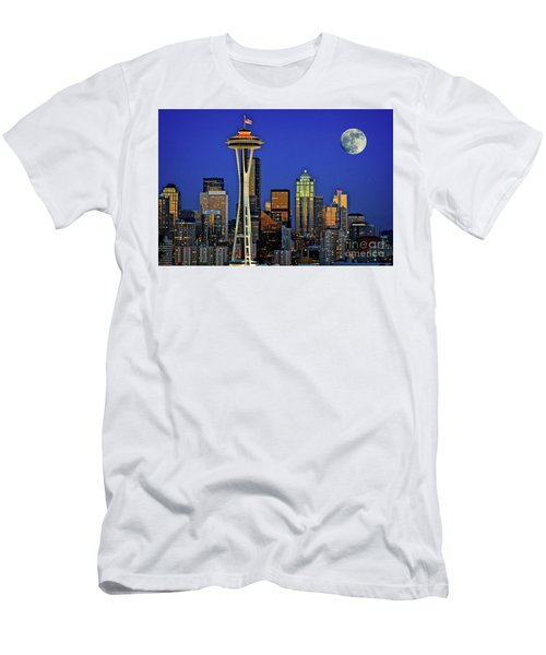 Super Moon Over Seattle Men's T-Shirt (Athletic Fit)