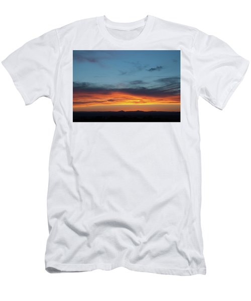 Taos Mesa Sunset Men's T-Shirt (Athletic Fit)