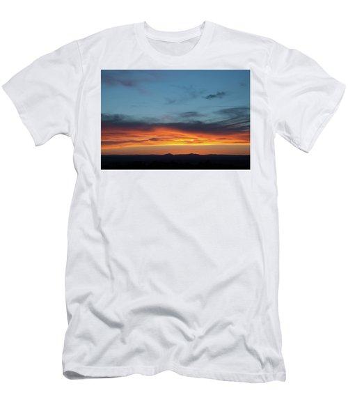 Taos Mesa Sunset Men's T-Shirt (Athletic Fit)