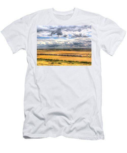 Thames Estuary View Men's T-Shirt (Athletic Fit)