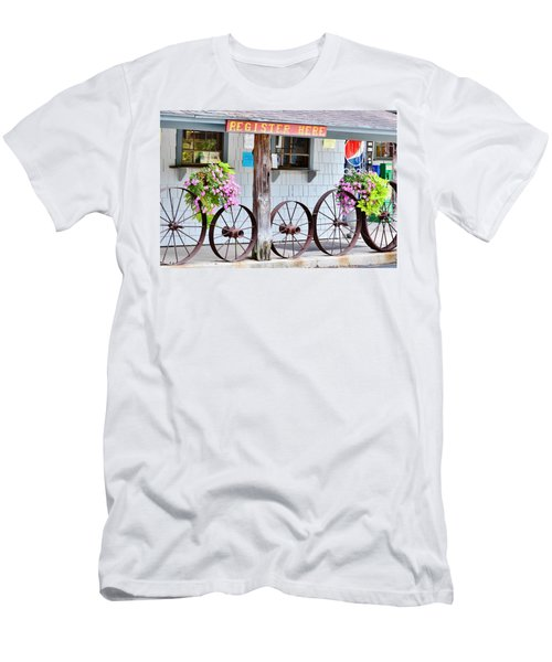 Wagon Wheels Men's T-Shirt (Athletic Fit)
