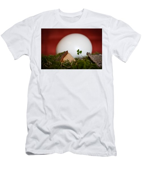 the egg - Happy Easter Men's T-Shirt (Athletic Fit)