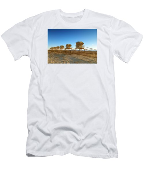 Men's T-Shirt (Slim Fit) featuring the photograph The End Of Summer by Everette McMahan jr