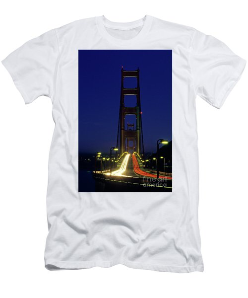 The Golden Gate Bridge Twilight Men's T-Shirt (Athletic Fit)