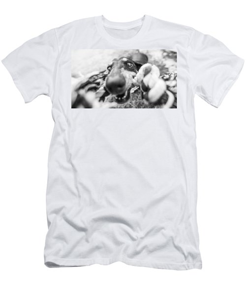 The Grab Men's T-Shirt (Athletic Fit)