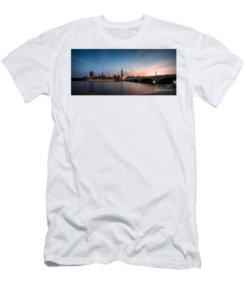 The Guardian Men's T-Shirt (Slim Fit) by Giuseppe Torre