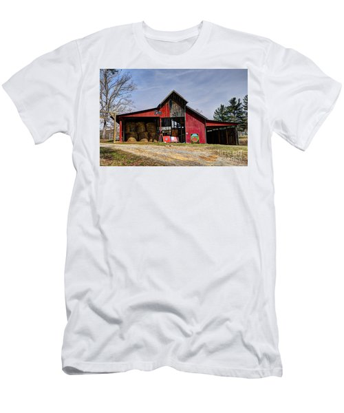 The New Barn Men's T-Shirt (Athletic Fit)