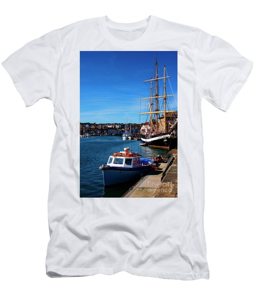 The Quayside  Men's T-Shirt (Athletic Fit)