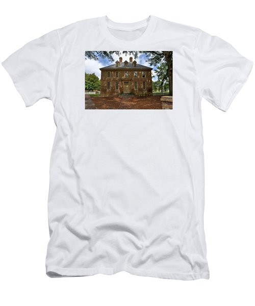 Men's T-Shirt (Slim Fit) featuring the photograph The Restored Brafferton by Jerry Gammon