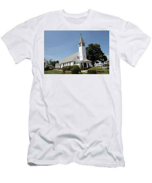 The St Francis De Sales R C Church Men's T-Shirt (Athletic Fit)