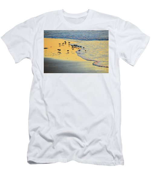 The Sun Is Shining And So Are You Men's T-Shirt (Athletic Fit)