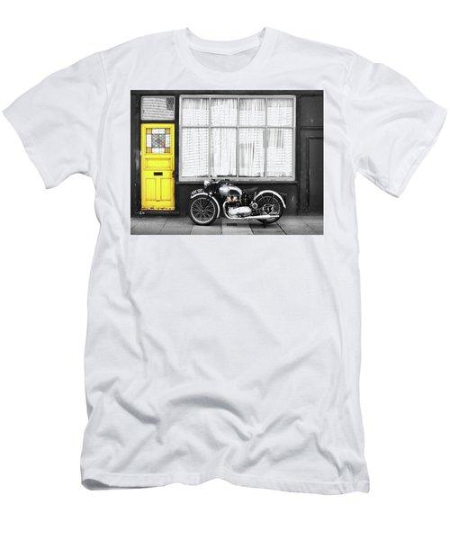 The Vintage Tiger Men's T-Shirt (Athletic Fit)