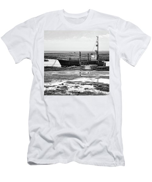 Thornham Harbour, North Norfolk Men's T-Shirt (Athletic Fit)