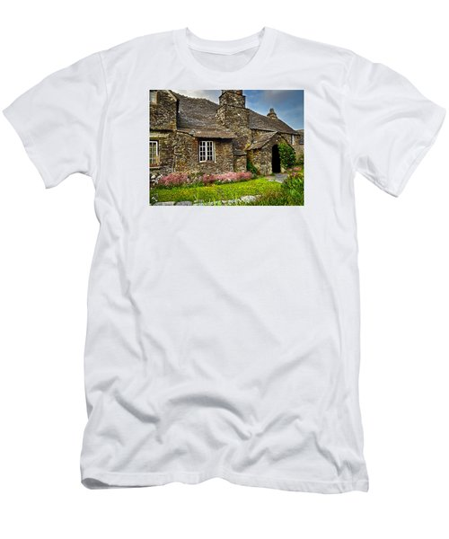 Tintagel Cottage Men's T-Shirt (Athletic Fit)