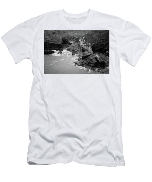Tintagel Rocks Men's T-Shirt (Athletic Fit)