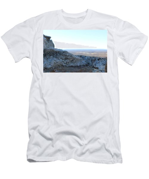 To The Horizon Men's T-Shirt (Athletic Fit)