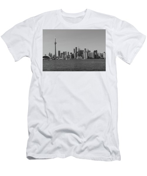 Toronto Cistyscape Bw Men's T-Shirt (Athletic Fit)