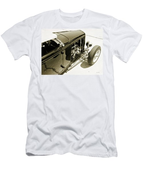 Traditional Roadster Bw Men's T-Shirt (Athletic Fit)