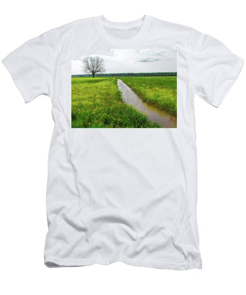 Tree In Field 2 Men's T-Shirt (Athletic Fit)