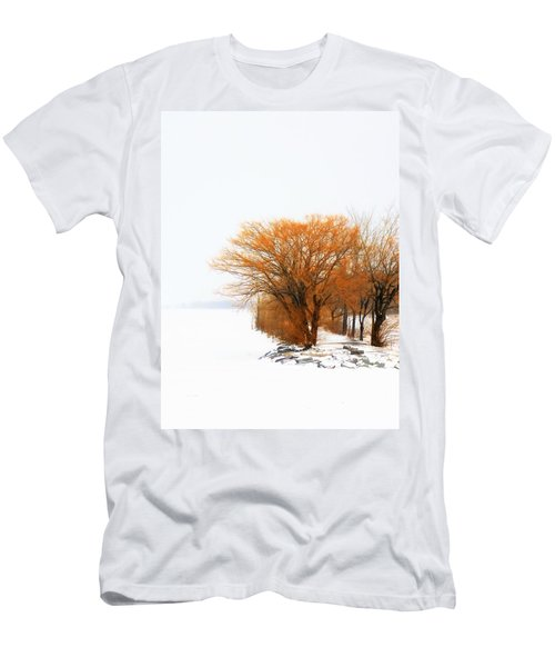 Tree In The Winter Men's T-Shirt (Athletic Fit)