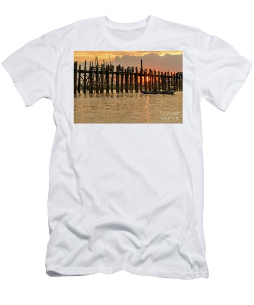 U-bein Bridge Men's T-Shirt (Slim Fit) by Werner Padarin