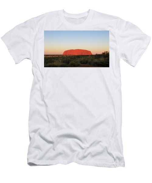 Uluru At Sunset Men's T-Shirt (Athletic Fit)
