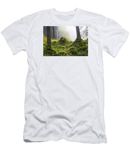 Underwood Men's T-Shirt (Slim Fit) by Yuri Santin