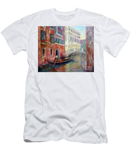 Venice Gondola Ride Men's T-Shirt (Athletic Fit)